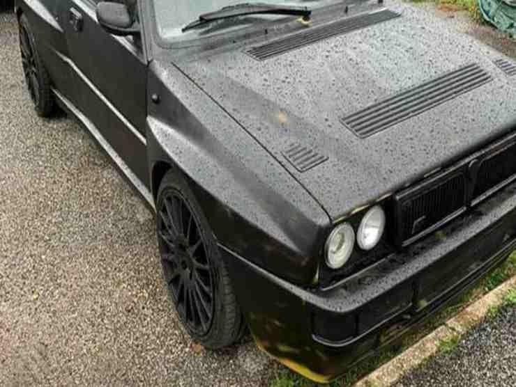 Lancia Delta rubata
