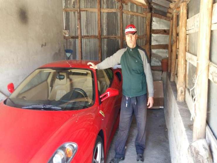 Contadino in Ferrari