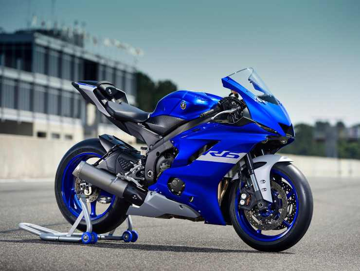 Nuova Yamaha YZF R-6 Race