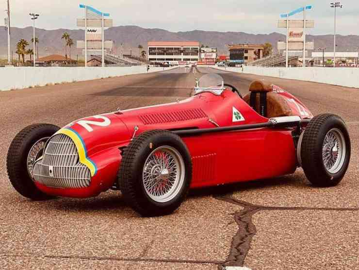 costruire auto in garage