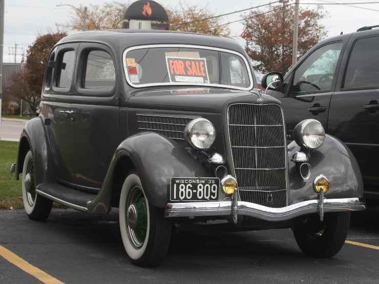 come vendere auto vecchia