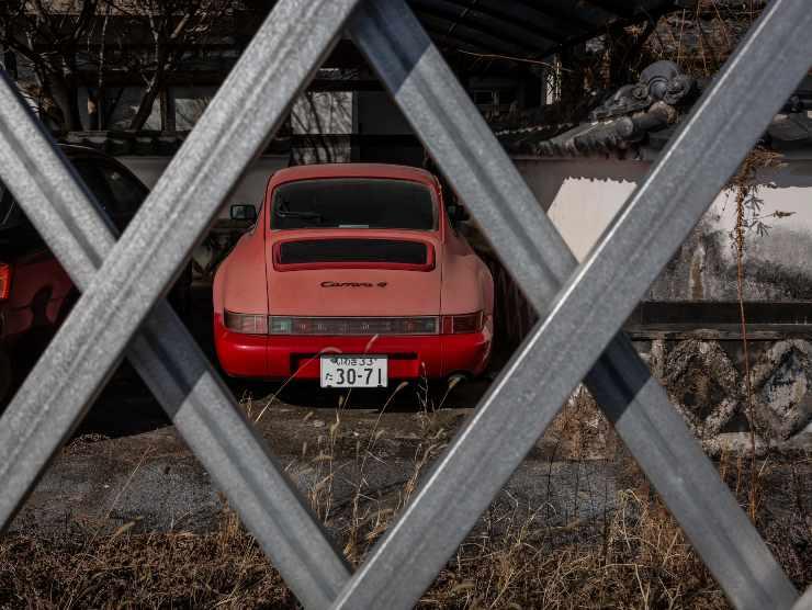 dubai auto abbandonate