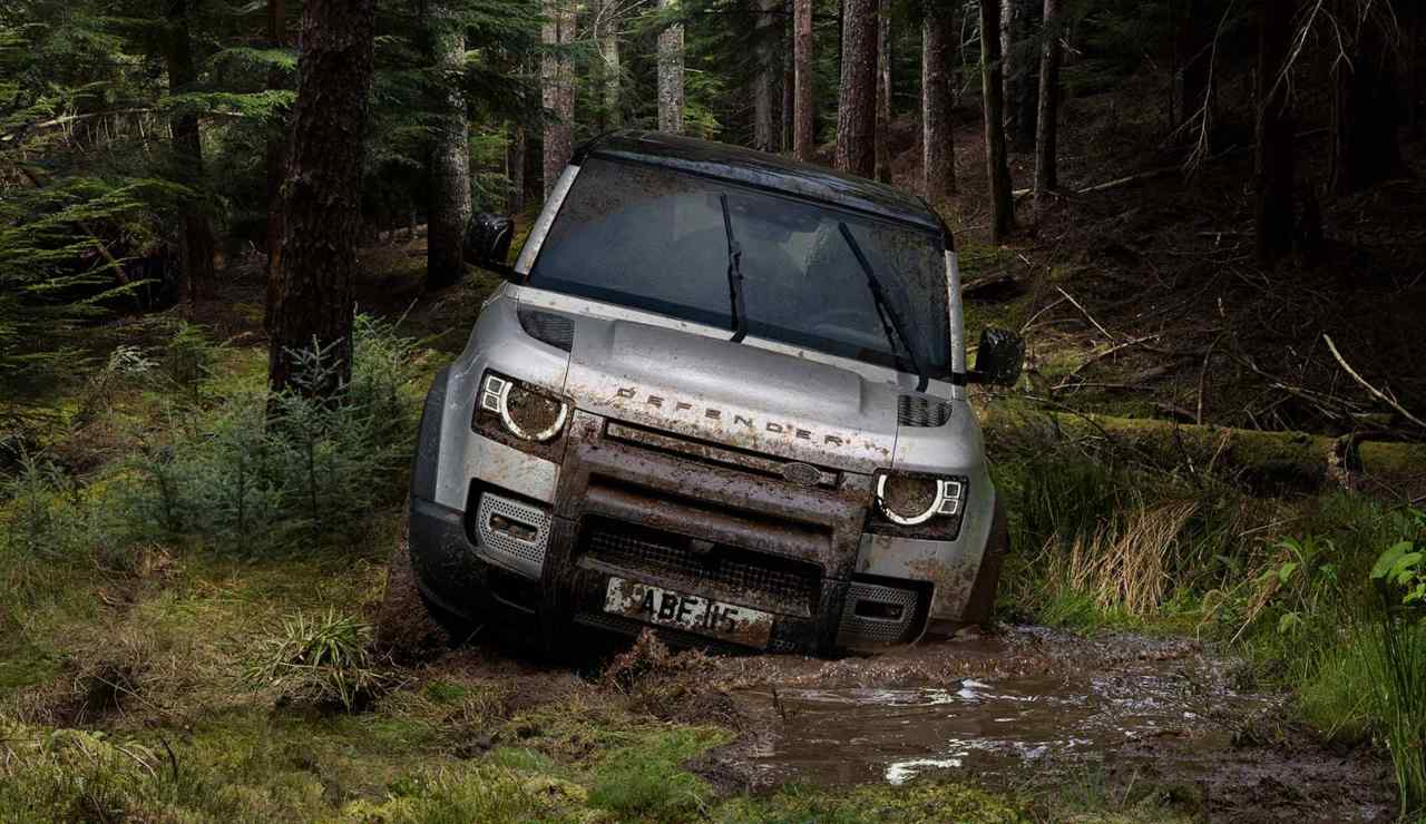 Land Rover Defender V8: fuoristrada con prestazioni da ...