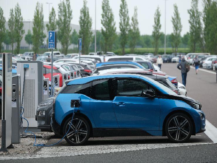 Auto elettriche 2