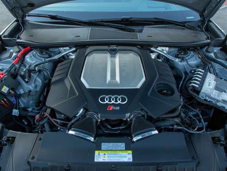 Vano motore Audi RS6 Avant (Motorauthority.com)
