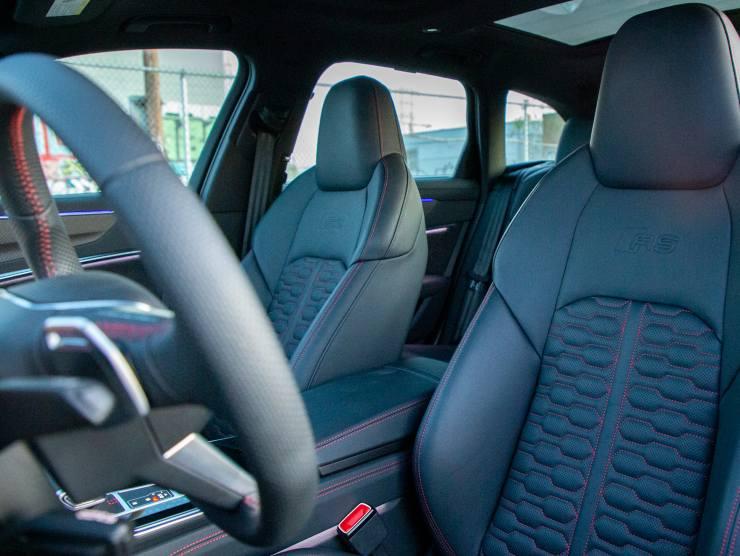Interni Audi RS6 Avant (Motorauthority.com)