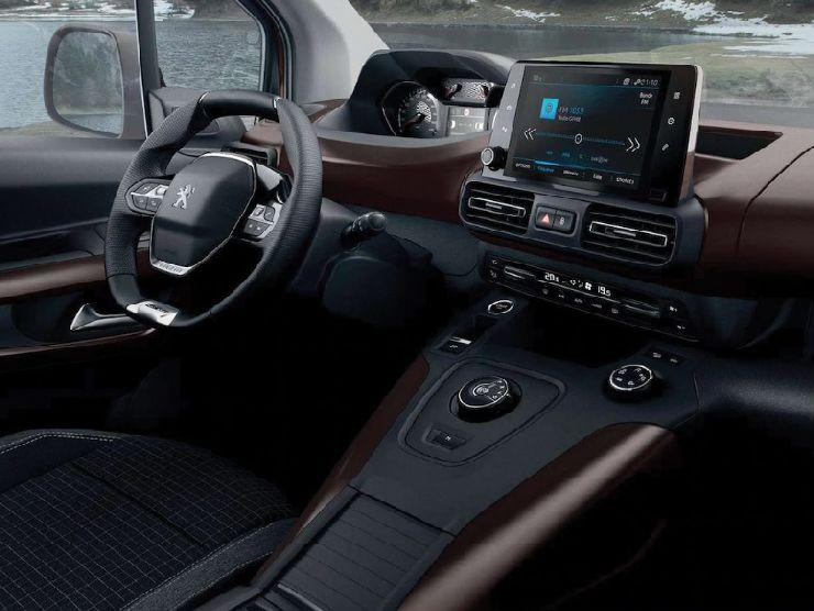 Peugeot Rifter interni