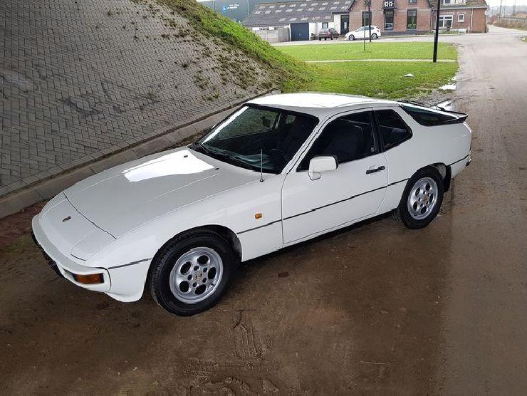 Porsche 924 Katawiki