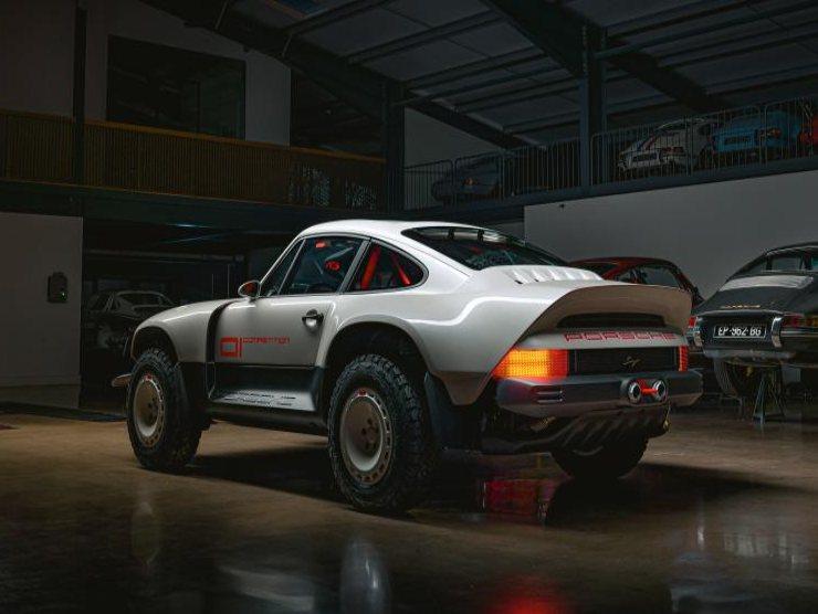 Porsche 911 Singer Safari
