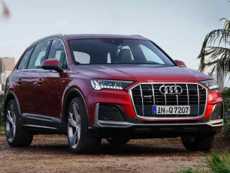 Audi Q7 (Audi) 2