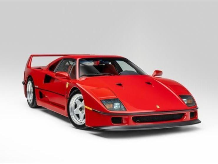 Ferrari F40 in vendita 3