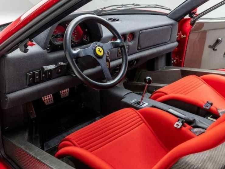 Ferrari F40 in vendita 4