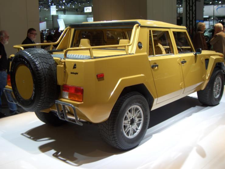 Lamborghini_LM002_bis