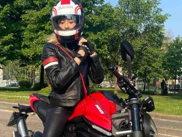 maddalena corvaglia moto