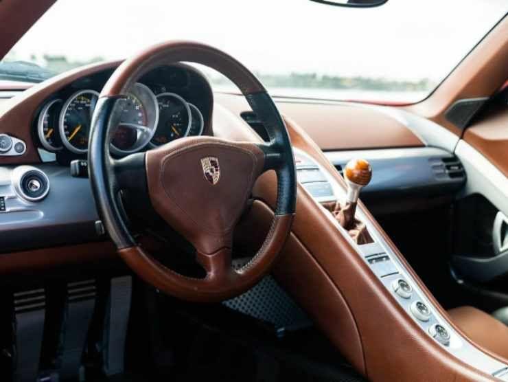Porsche Carrera GT 4