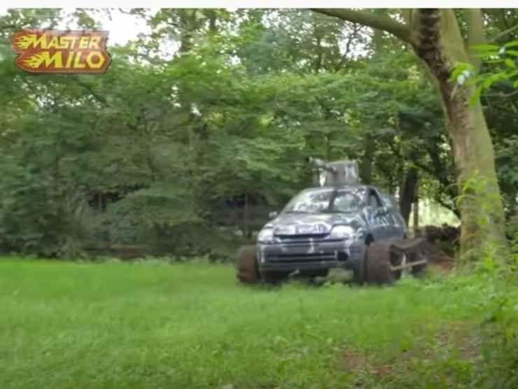 Renault Clio carrarmato 3