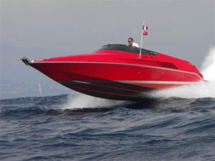 Riva Ferrari 32 (Pinterest)