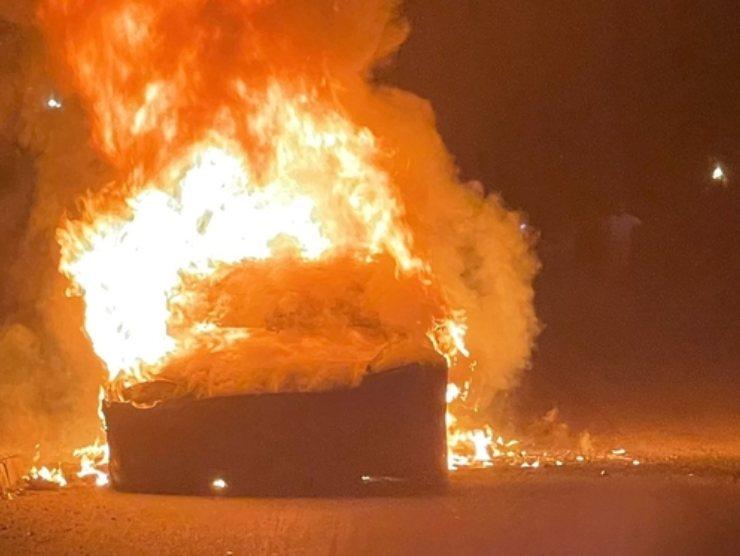 Tesla Model S Plaid in fiamme (Formulapassion.it)