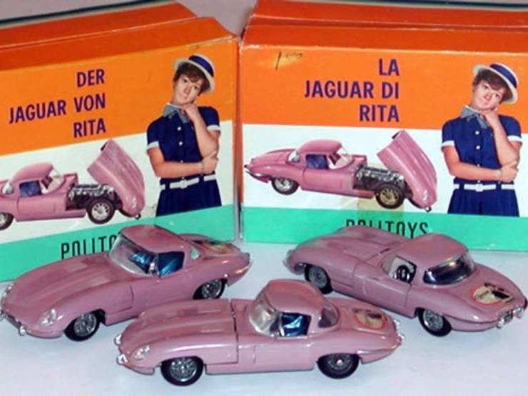 Modellino Jaguar E-Type di Rita Pavone (jaguarlandrover-bardelli-roma.it)