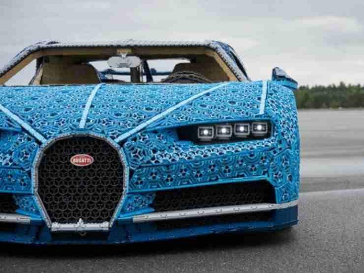 Bugatti Chiron Lego (Lego.com)