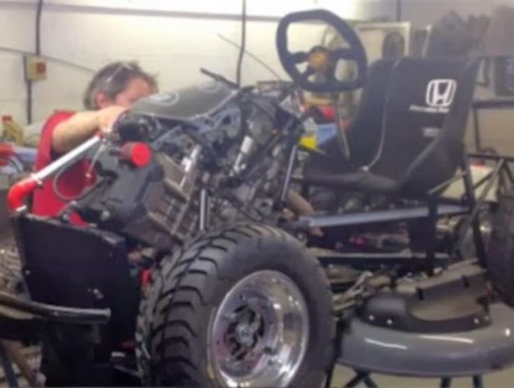 Il tagliaerba Honda che viaggia a oltre 200 km/h – Il video è da brividi