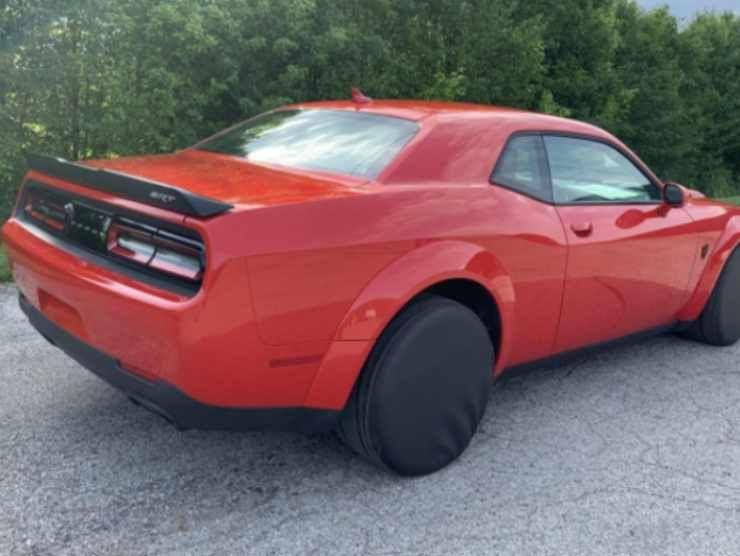 Dodge Challenger SRT Demon 2