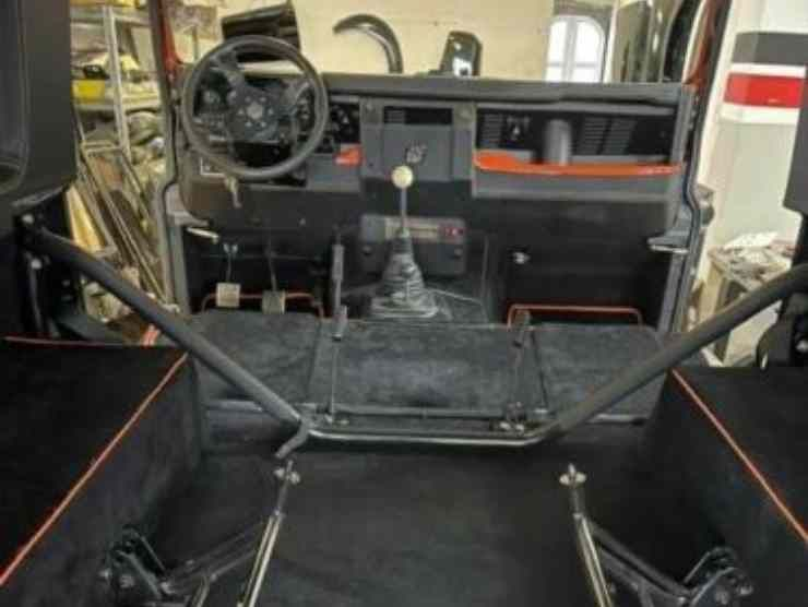 Land Rover Defender (Ebay) 3