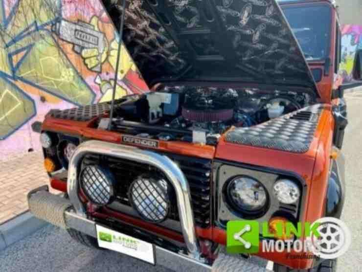 Land Rover Defender (Ebay) 4