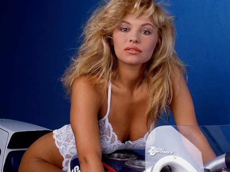 Pamela Anderson (Top Speed) 2