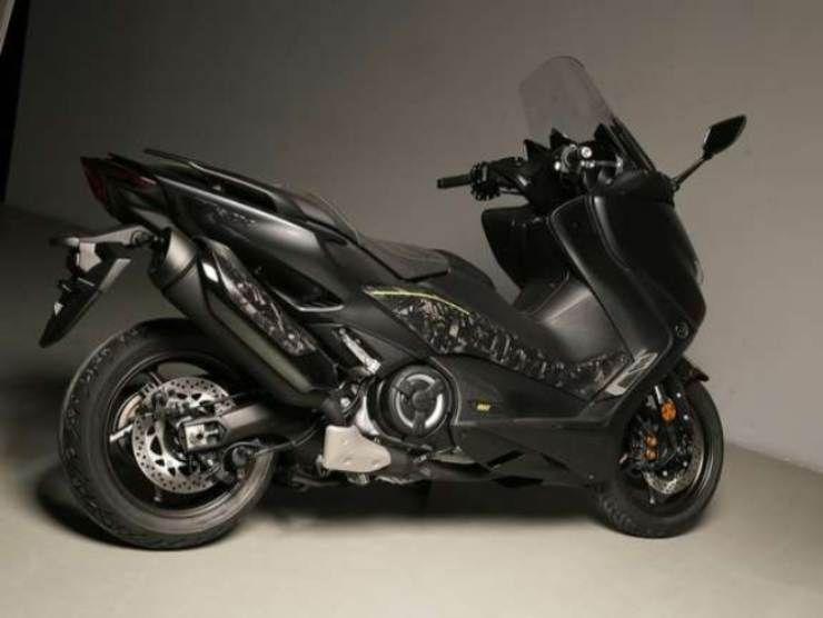 Yamaha TMAX 560 Anniversary 3