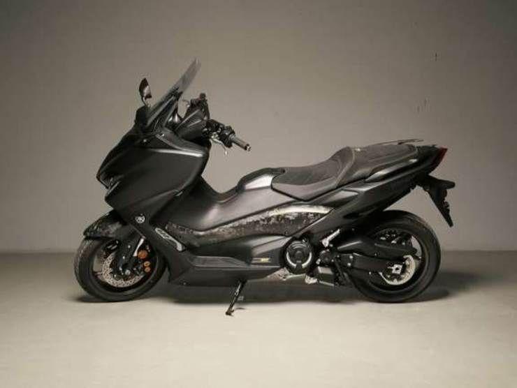 Yamaha TMAX 560 Anniversary 4