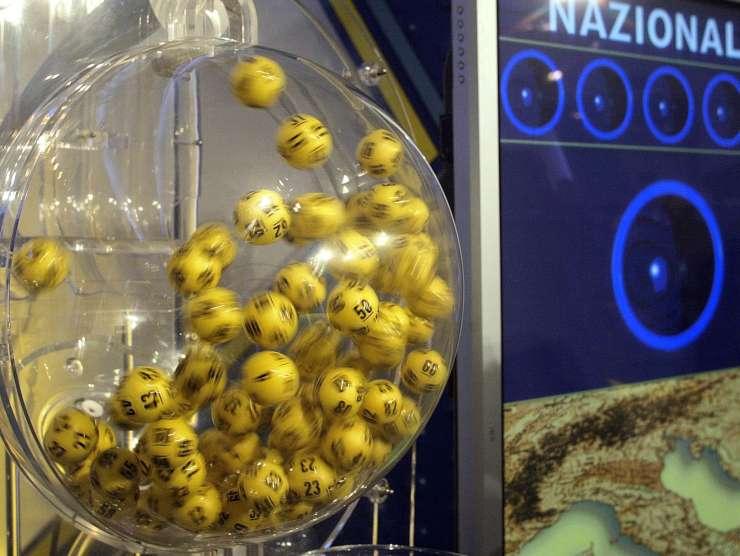 Estrazioni del Lotto (SkyTG24.it)