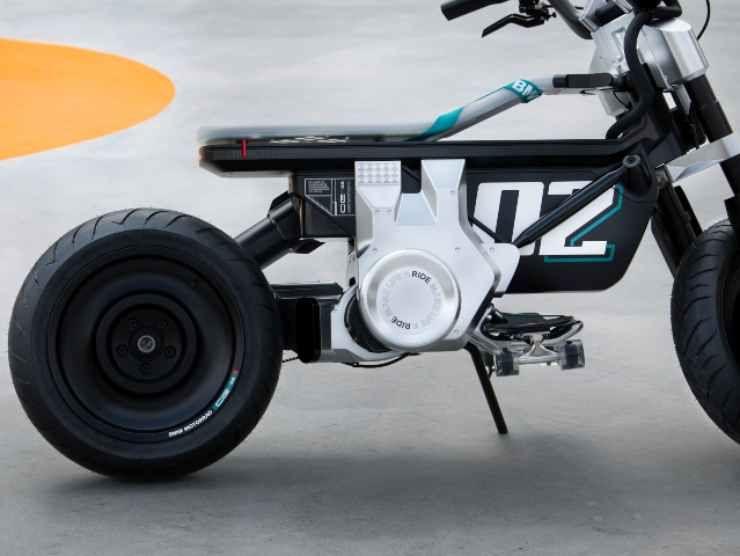 BMW Concept CE 02 (BMW) 4