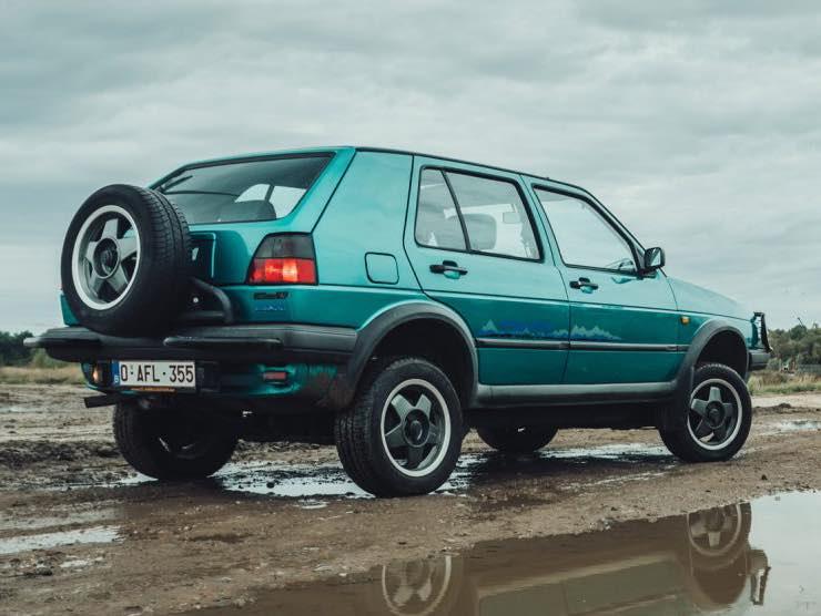 Volkswagen Golf Country (web source)