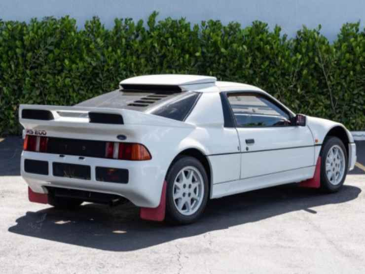 Ford RS200 (Bring Trailer) 2