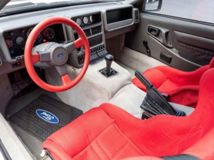 Ford RS200 (Bring Trailer) 4