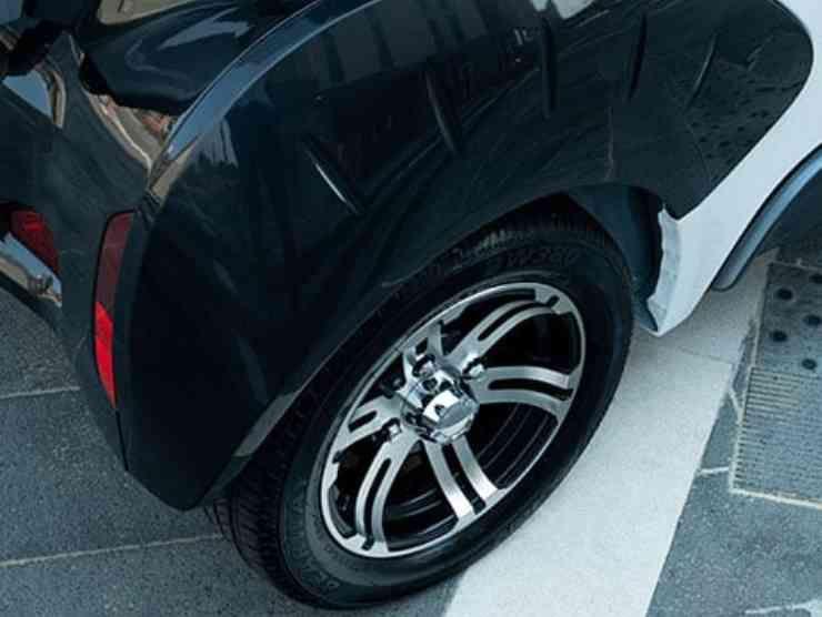 KItty (XEV Cars) 3