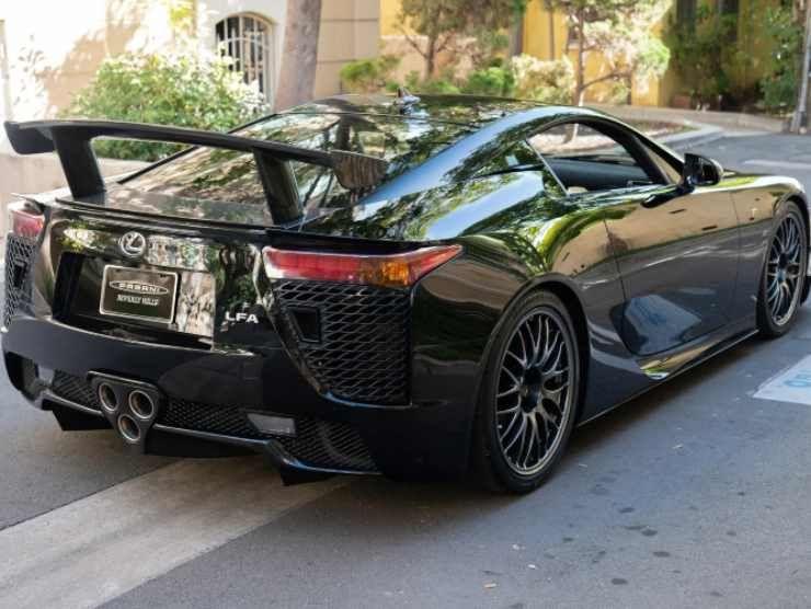 Lexus in vendita (James Edition) 2