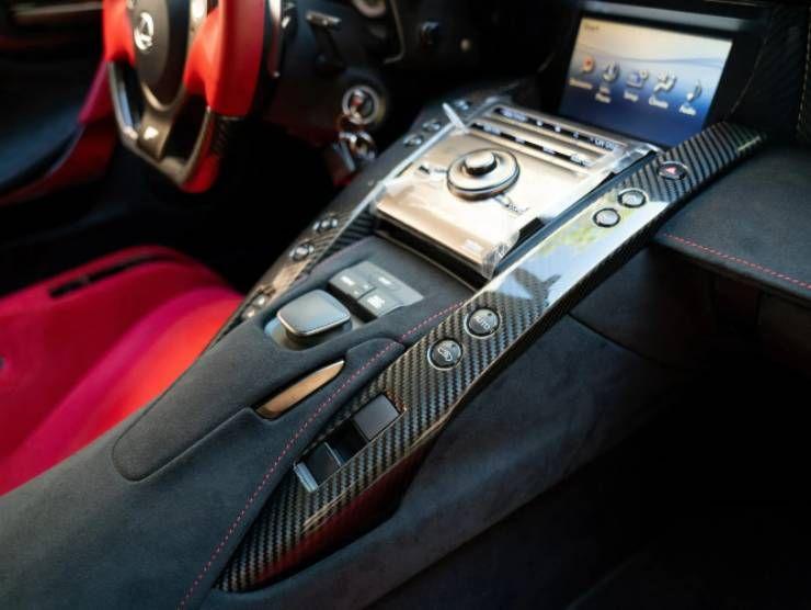 Lexus in vendita (James Edition) 3