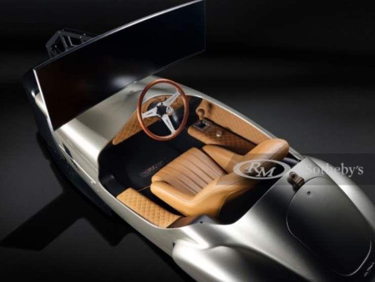 Pininfarina Leggenda eClassic Simulator annuncio (James Edition) 3