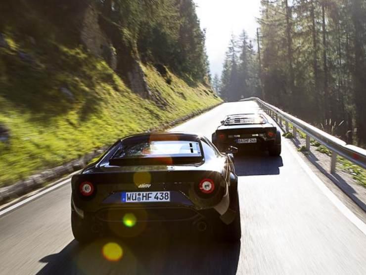 Lancia Stratos nuova motore Ferrari