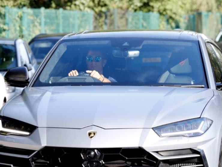 Ronaldo con la Lamborghini Urus