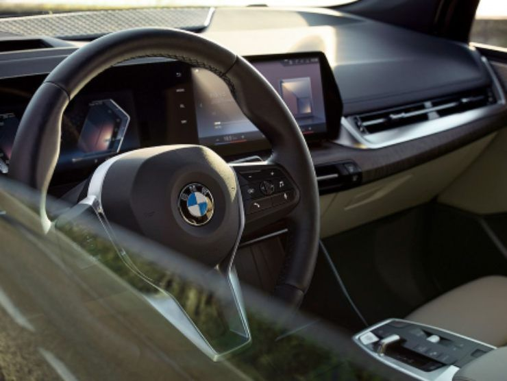 BMW Serie 2 Active Tourer (BMW) 4