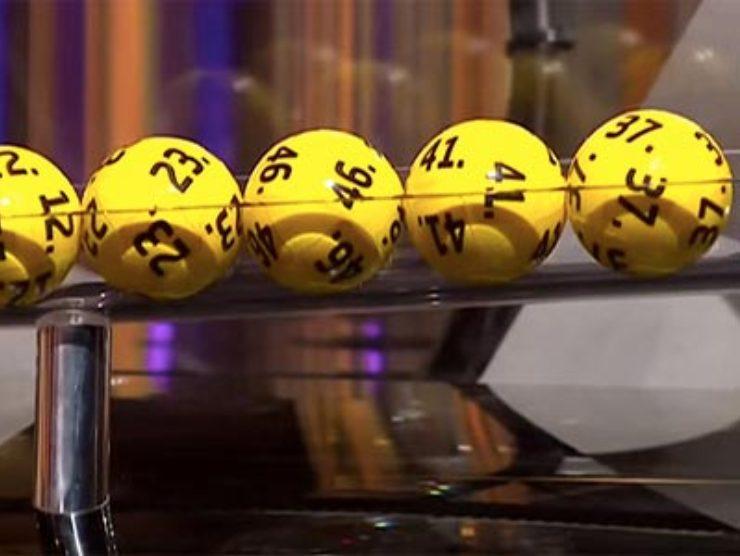 Estrazione del Lotto e SuperEnalotto (web source)