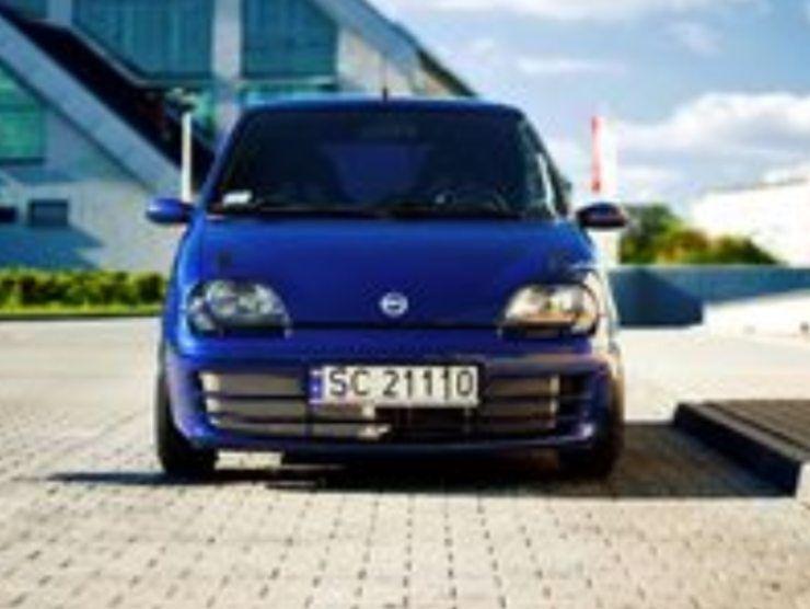 Fiat 600 con motore Abarth (Pinterest) 3