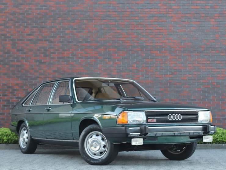 Audi 100 restauro nuova anni '70 asta